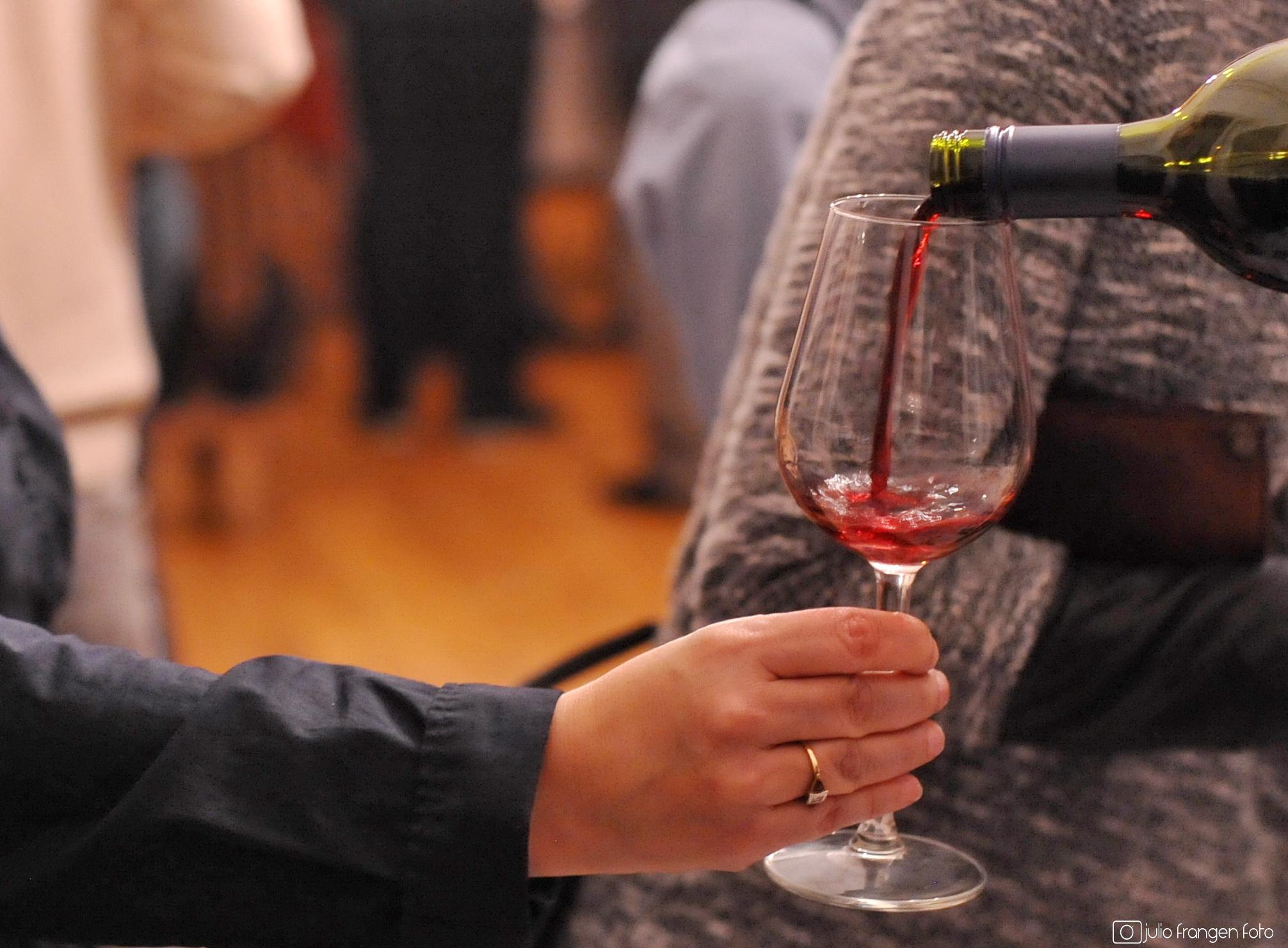 Mlada vina i Zagreb vole se javno