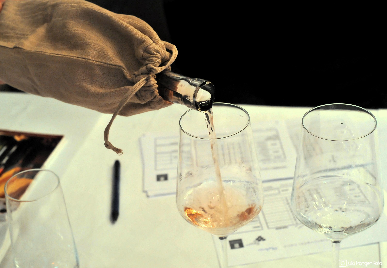 Vinske zvijezde preporučuju vina za uskrsni stol!
