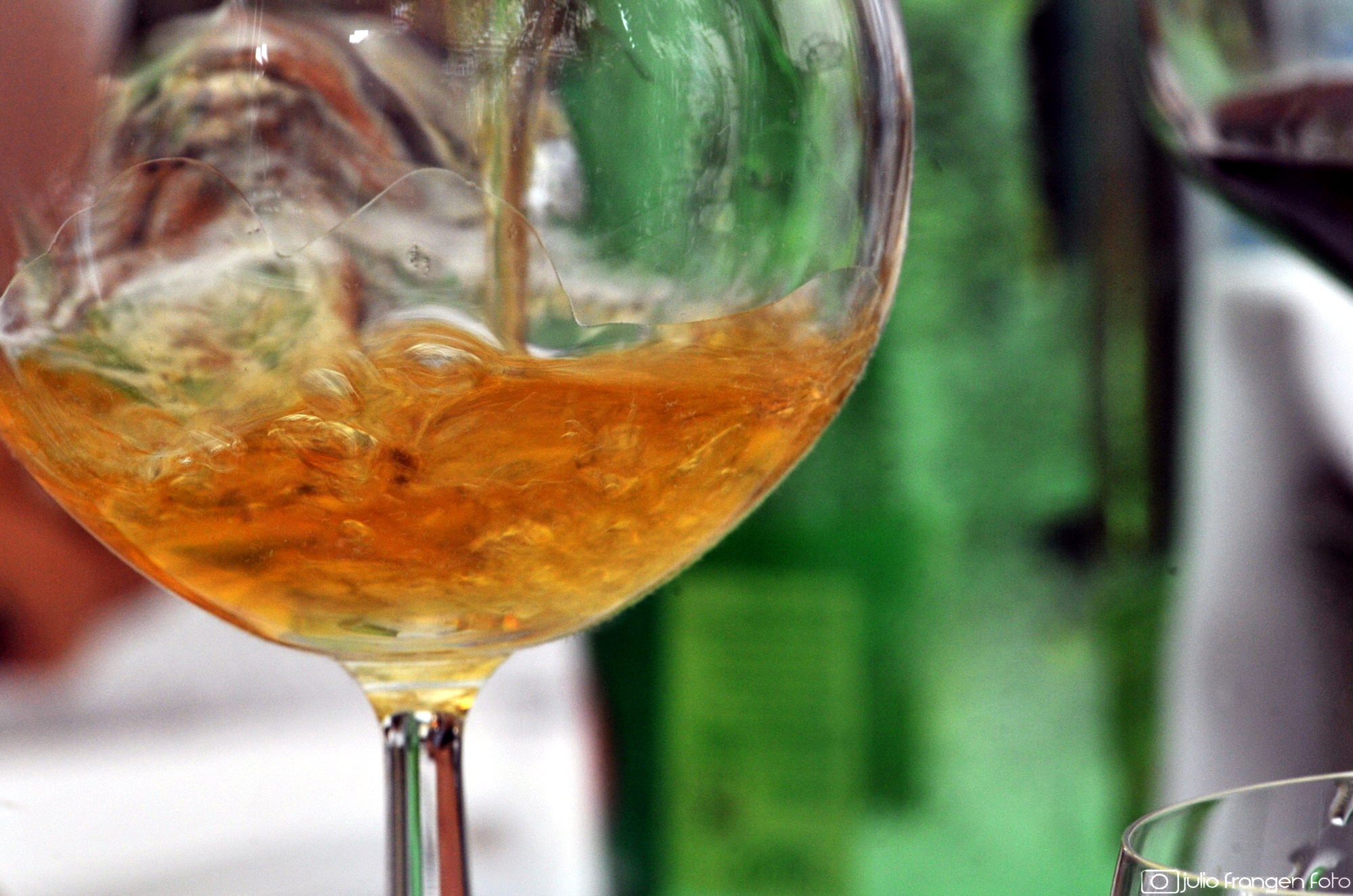 Vinske zvijezde 2019 #4: za sredinu ljeta preporučamo 4 pjenušava vina!