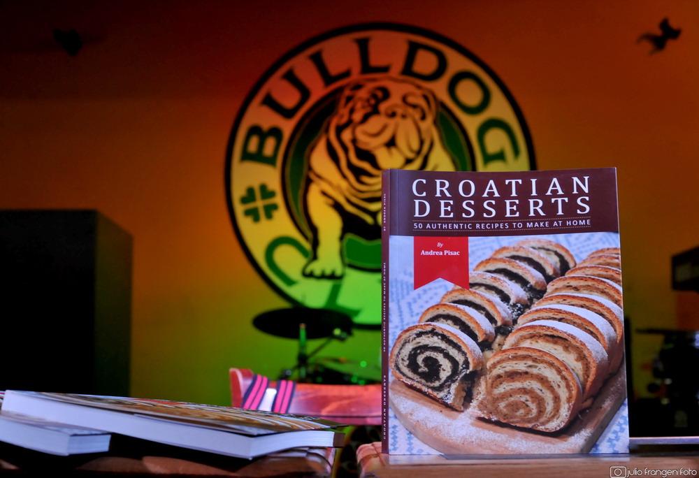 Croatian Desserts – prva kuharica hrvatskih slastica pisana na engleskom jeziku!