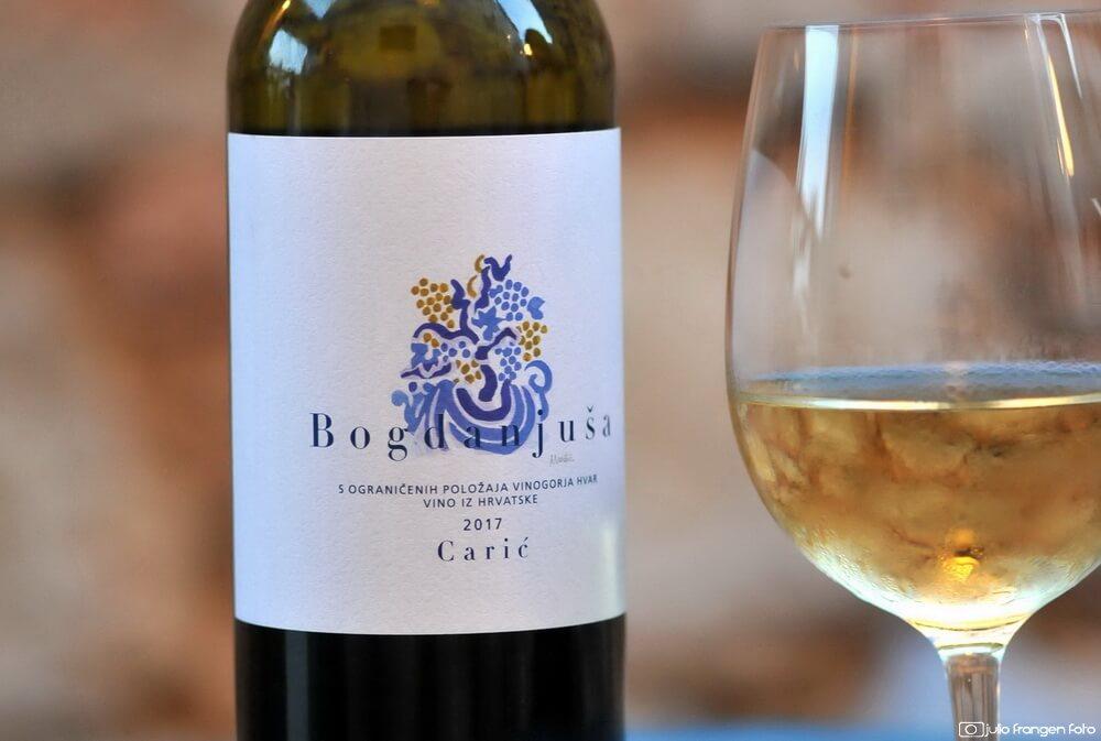 Dva lica hvarske sorte bogdanuše vinarije Carić!