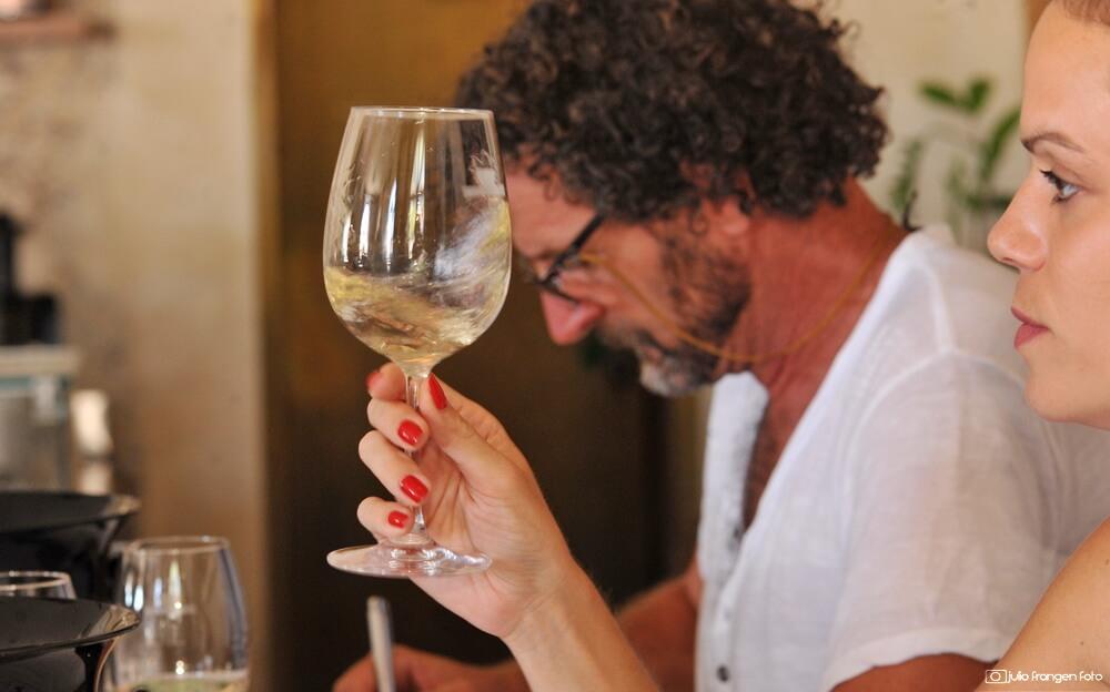 U okviru Dana hvarskih vina održano 2. ocjenjivanje izvornih sorti otoka Hvara!