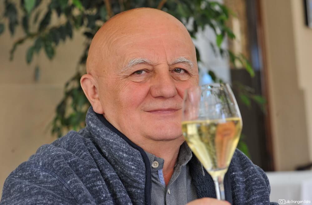 Razgovor s vinom o vinu: Ivan Dropuljić, direktor Zagreb VinoComa