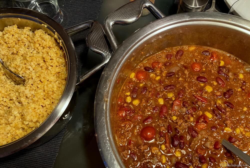 Večera za šest: chili con carne uz bijelo ili crno?