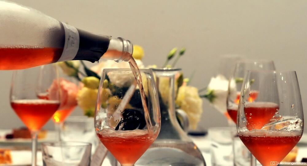Na uskrsnom stolu #1 …  šunkica i rosé!